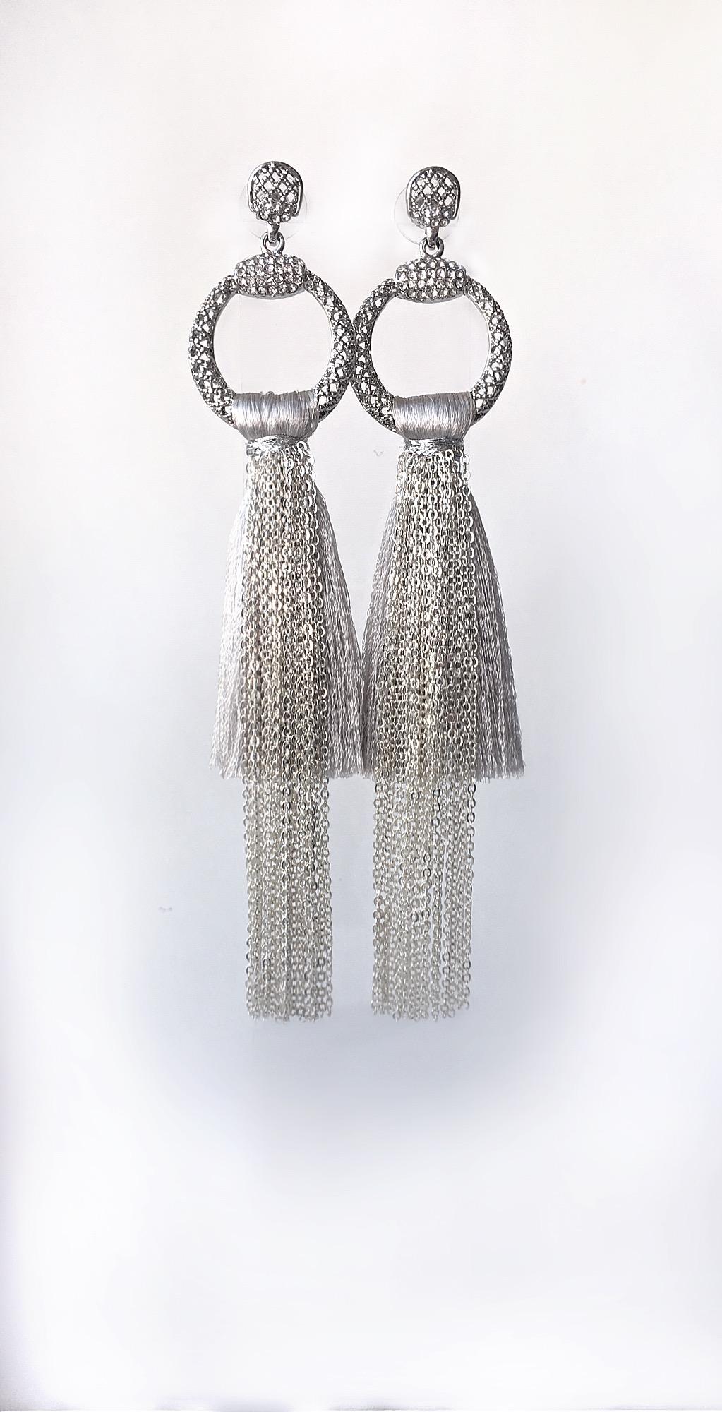 Серьги-кисточки под серебро
