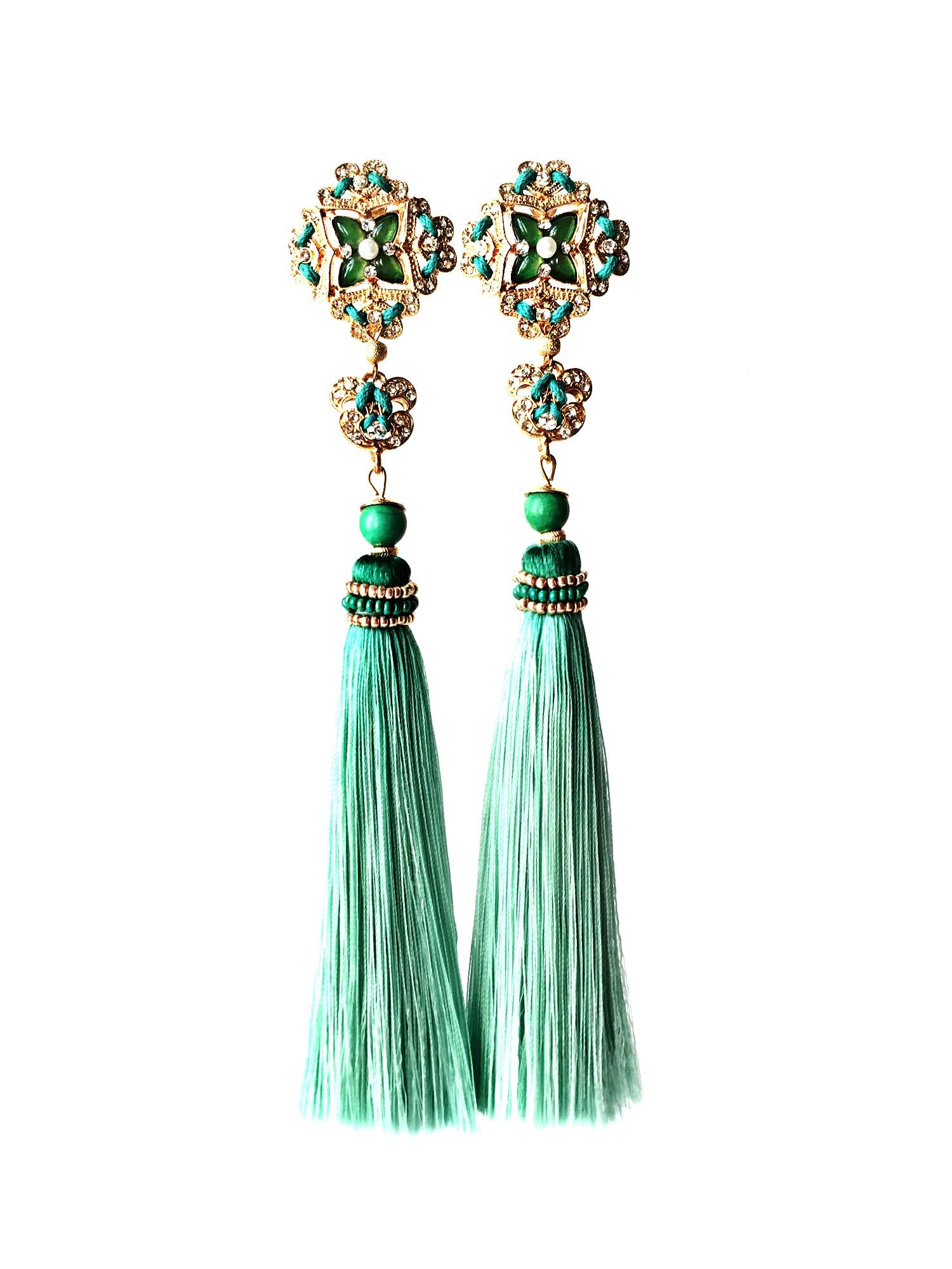 Зеленые серьги-кисточки