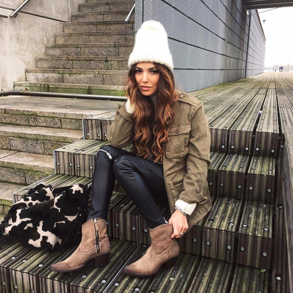 Белая шапка 2018
