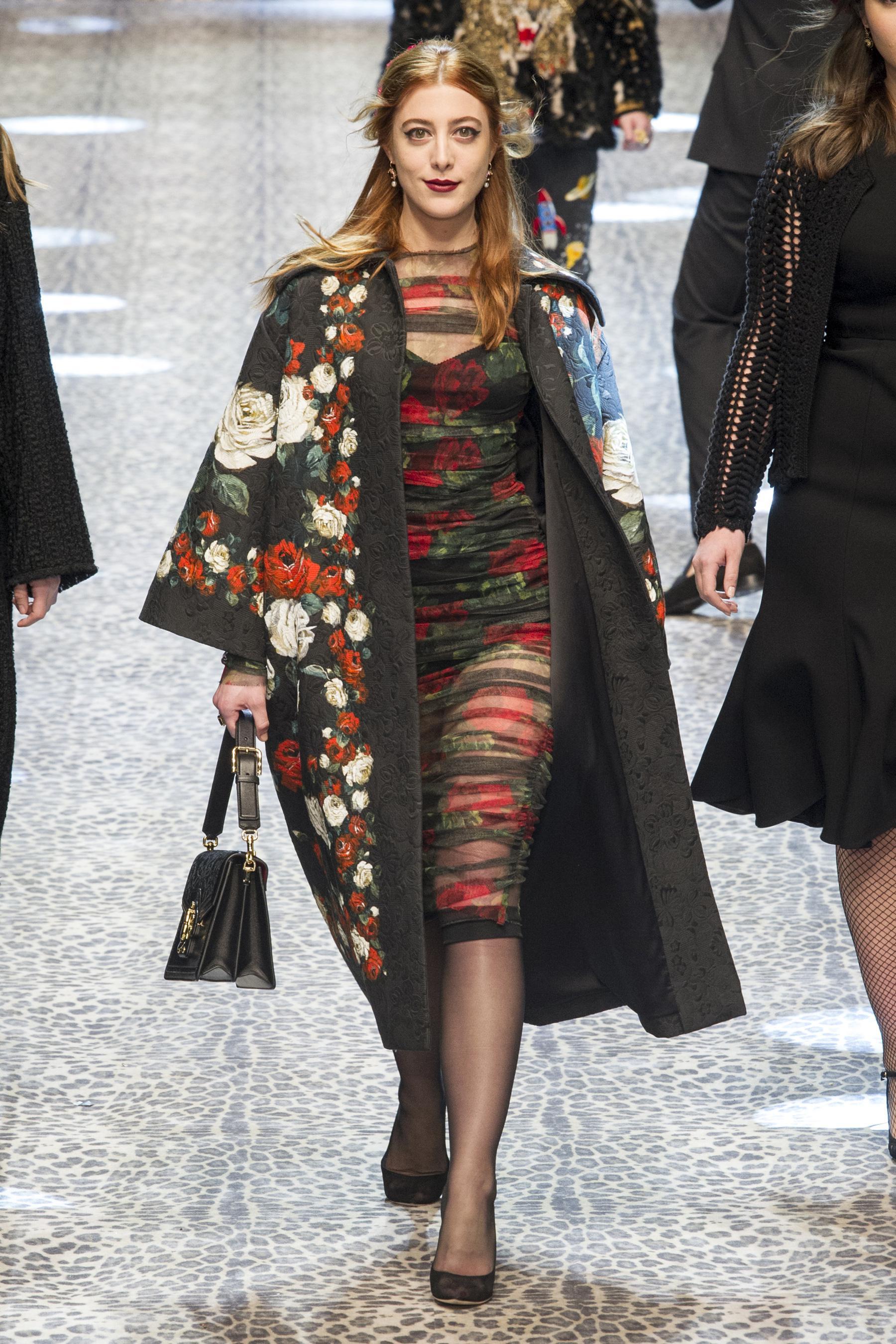 Пальто с цветочным рисунком 2018