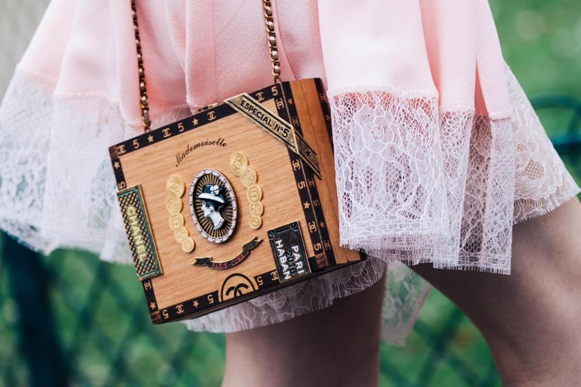 Модная сумка под деревянную шкатулку 2018