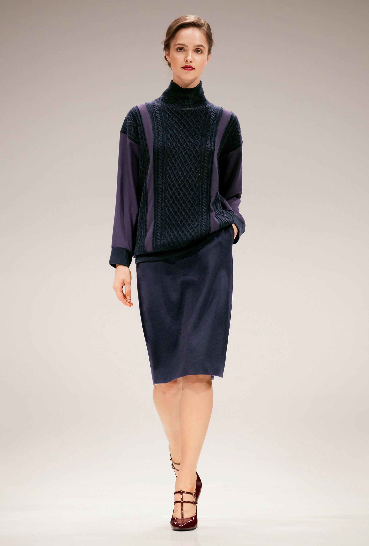 Черная водолазка пуловер
