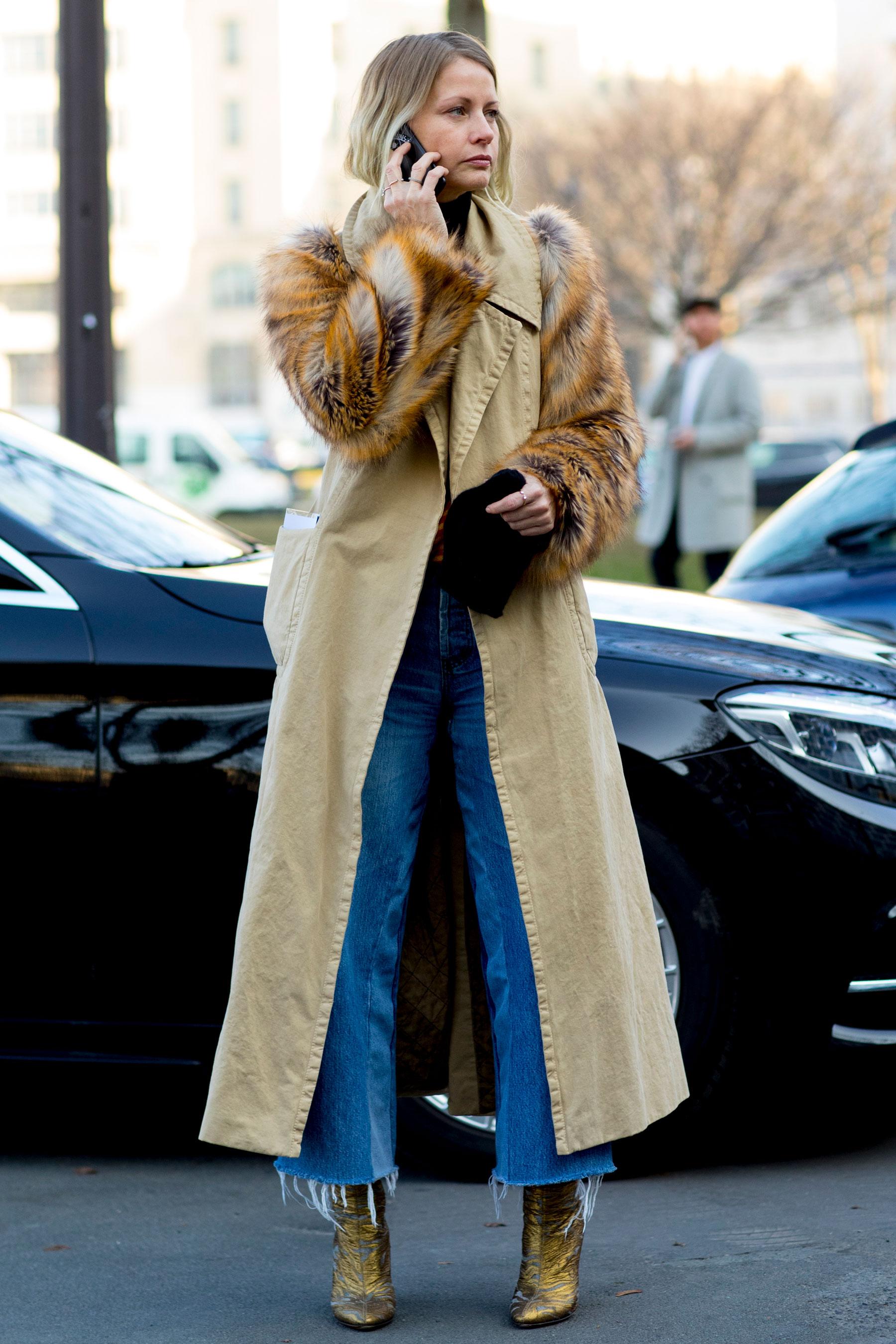 Пальто с меховыми рукавами 2018