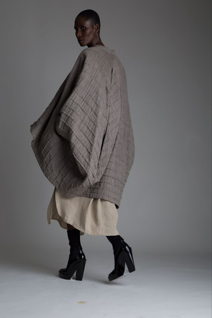 Пальто кокон серого цвета