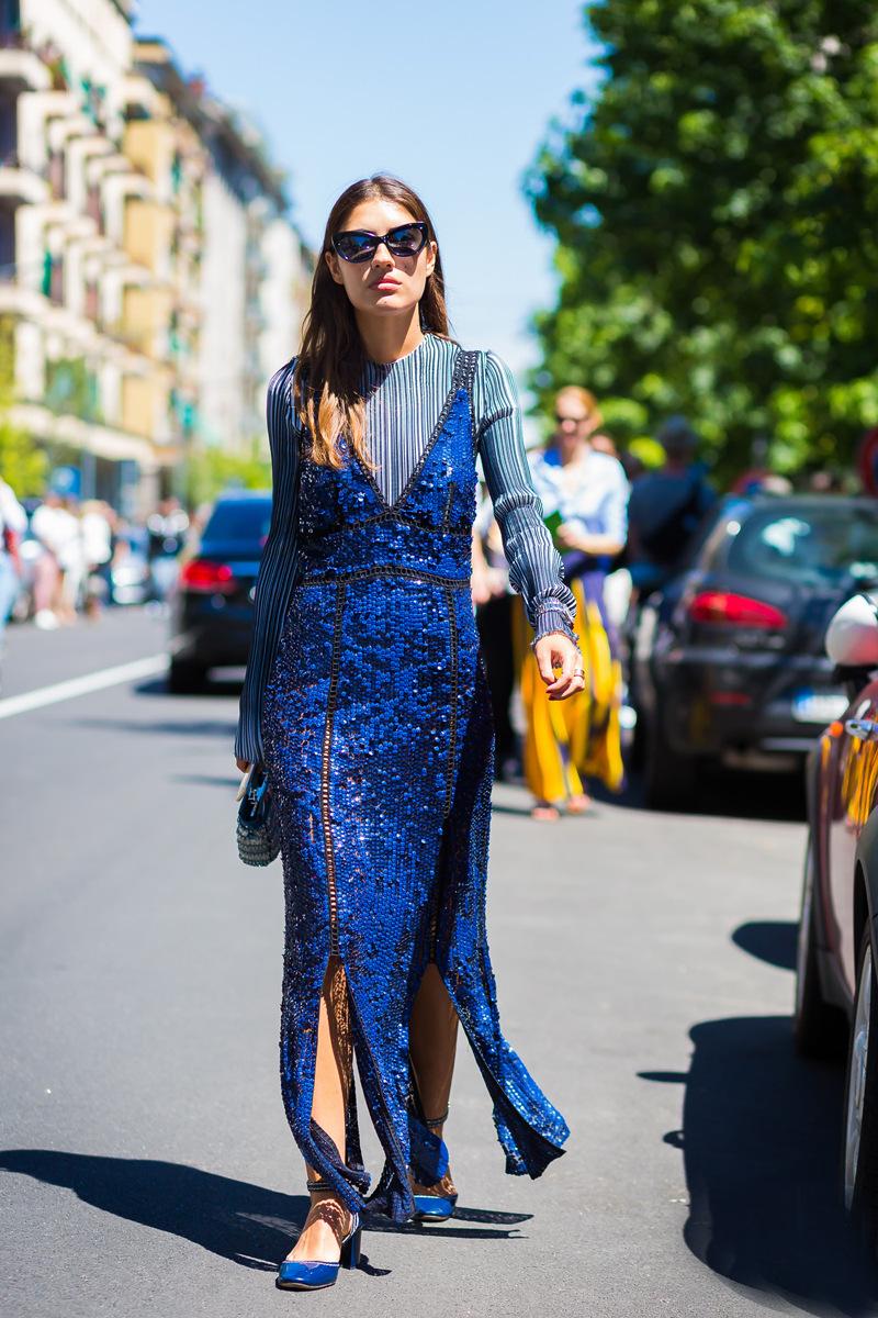 Блузка синяя с рукавом