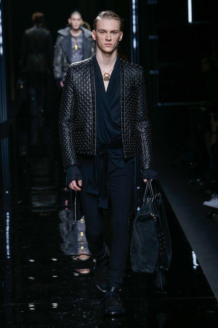 Стеганая мужская куртка из кожи