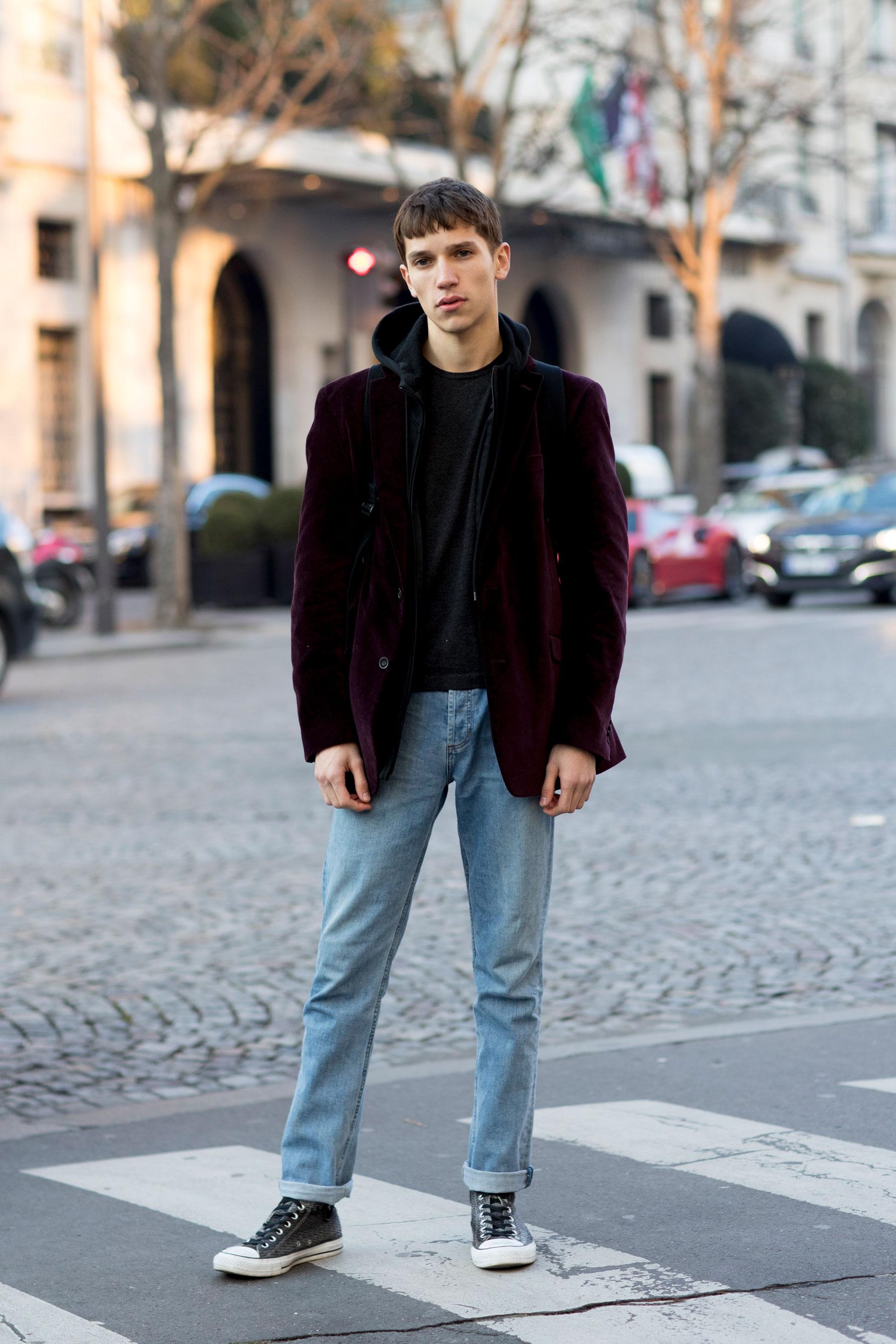 Мужские светлые джинсы 2018