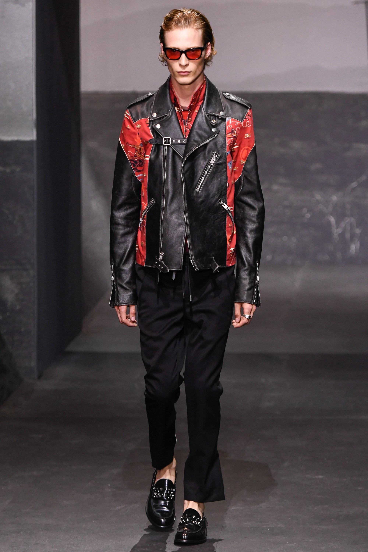 Мужская кожаная куртка со вставками
