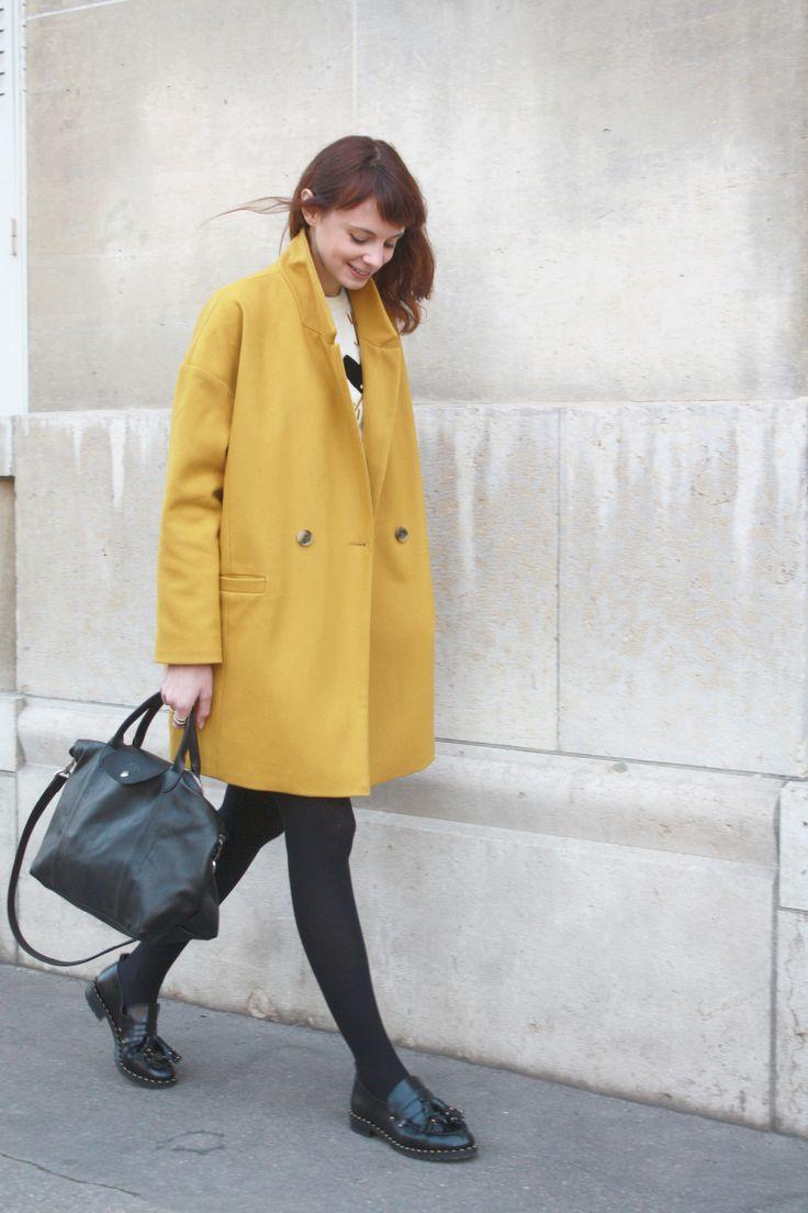 Модное желтое шерстяное пальто