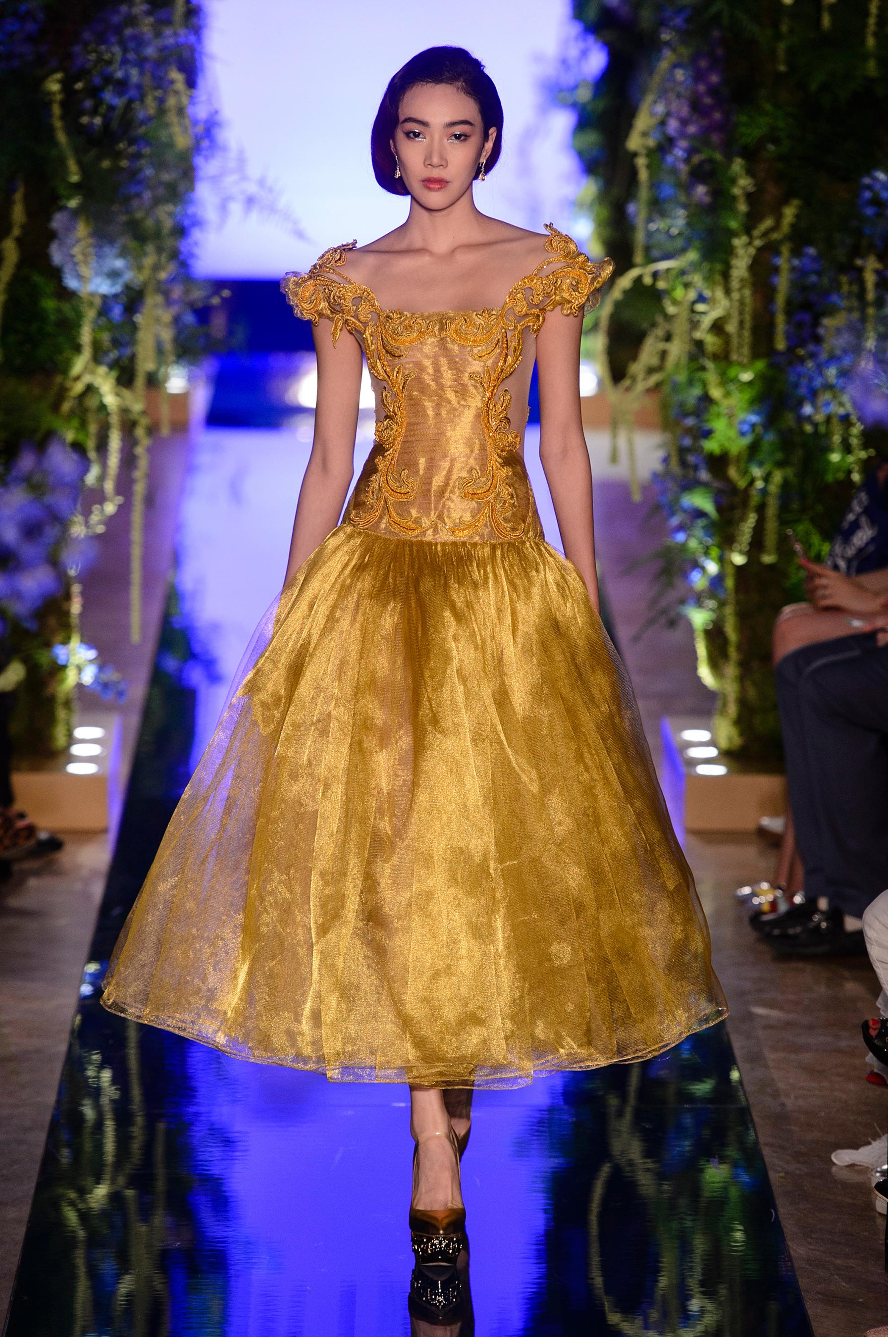 Платье золотое 2018