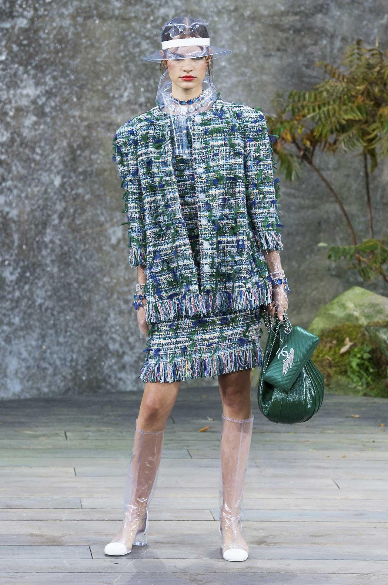 Жакет Шанель с бахромой