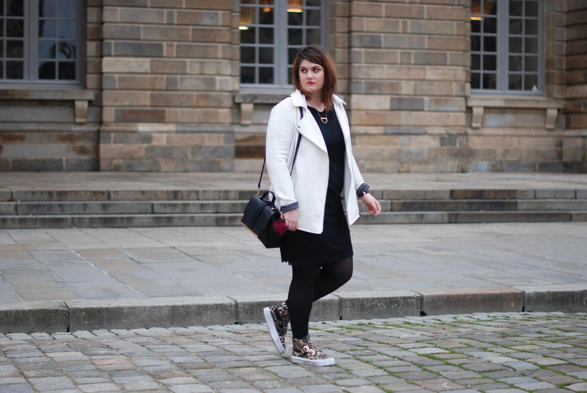 Белая куртка большого размера