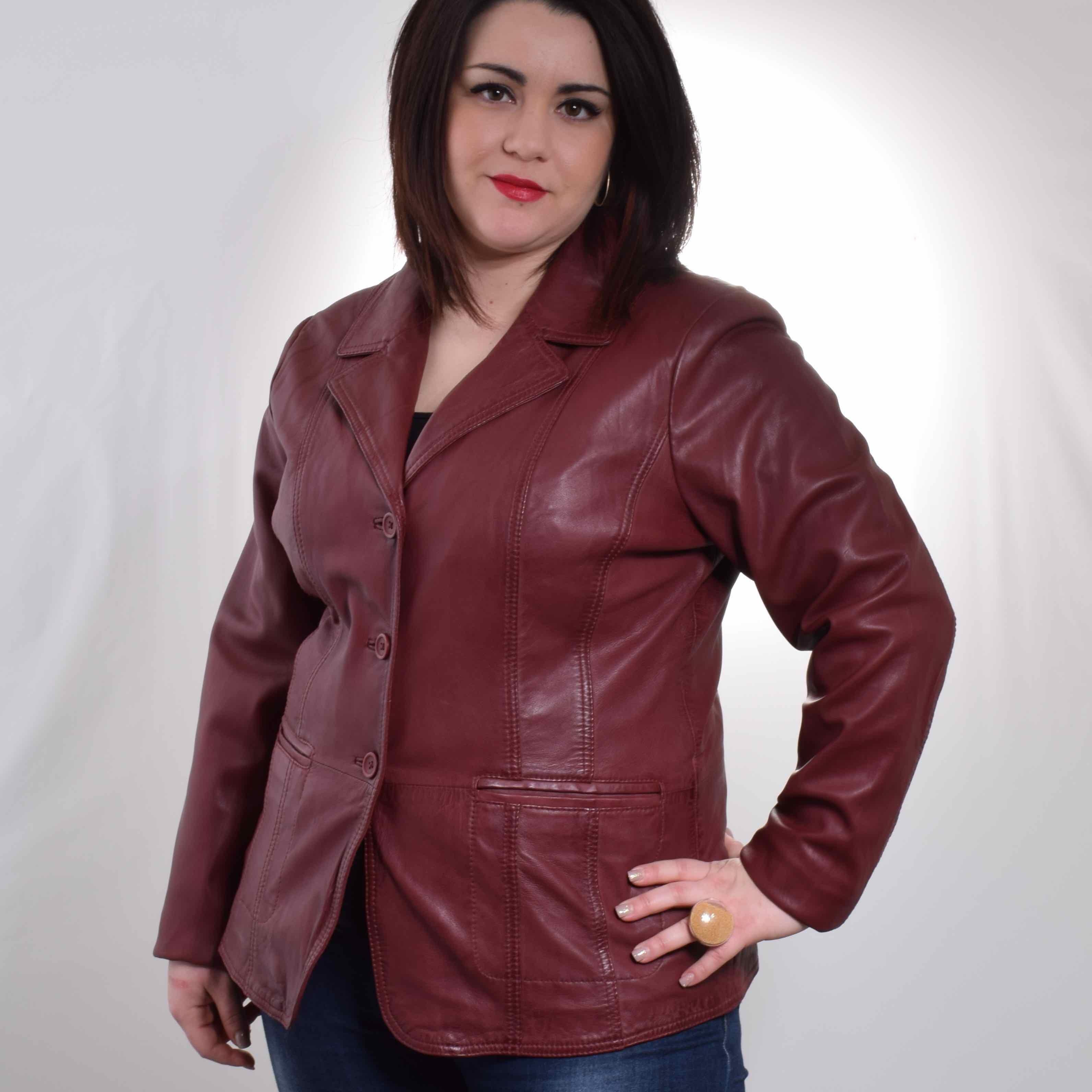 Кожаный пиджак для полных женщин