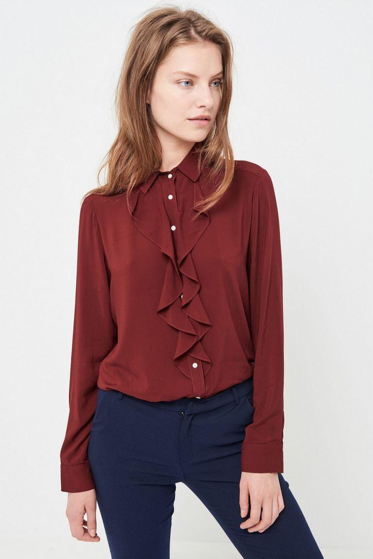 2bd5aedd45c ... Бордовая блузка с жабо Блузка с черным ...