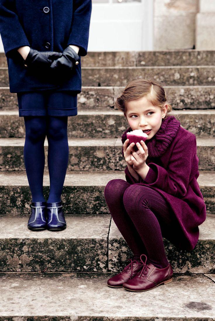 Бордовое пальто для девочки