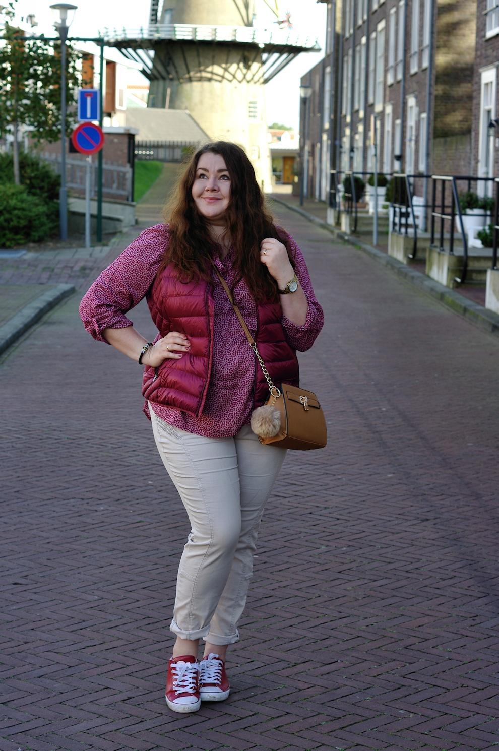 жилеты для полных женщин вязаные модные модели с мехом длинные