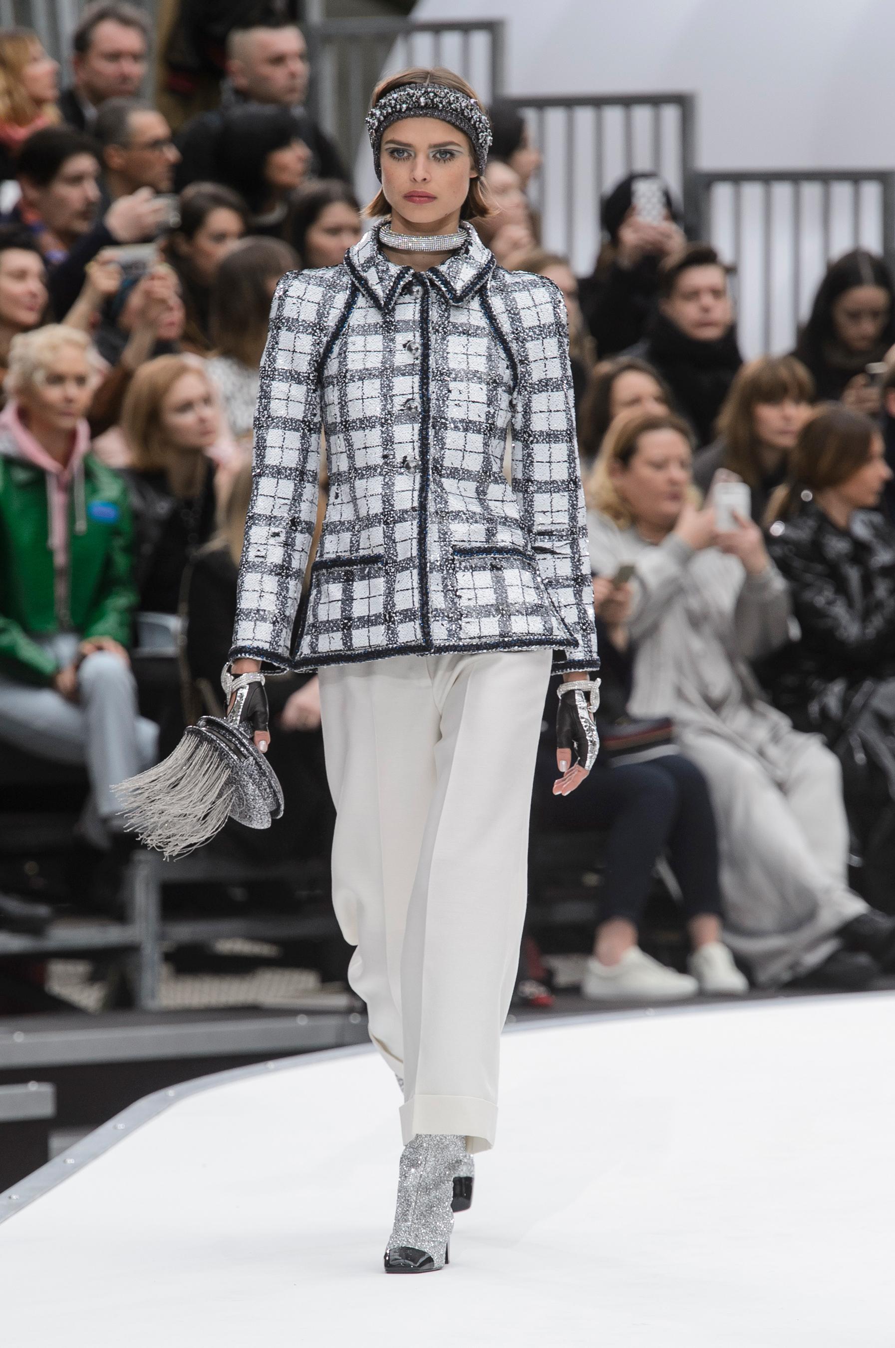 Пиджак в клетку Chanel