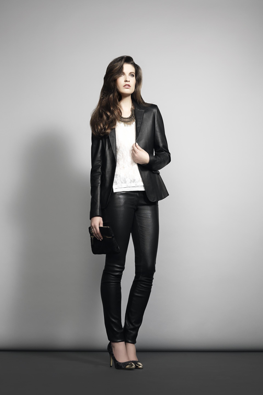 Черный кожаный пиджак