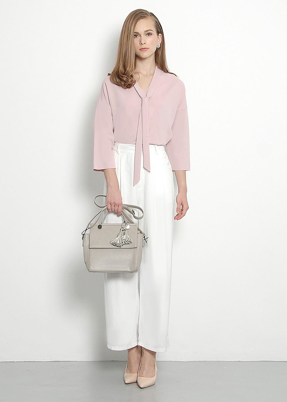 Классическая офисная блузка