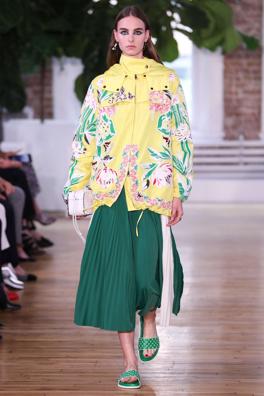 Длинная куртка с цветами