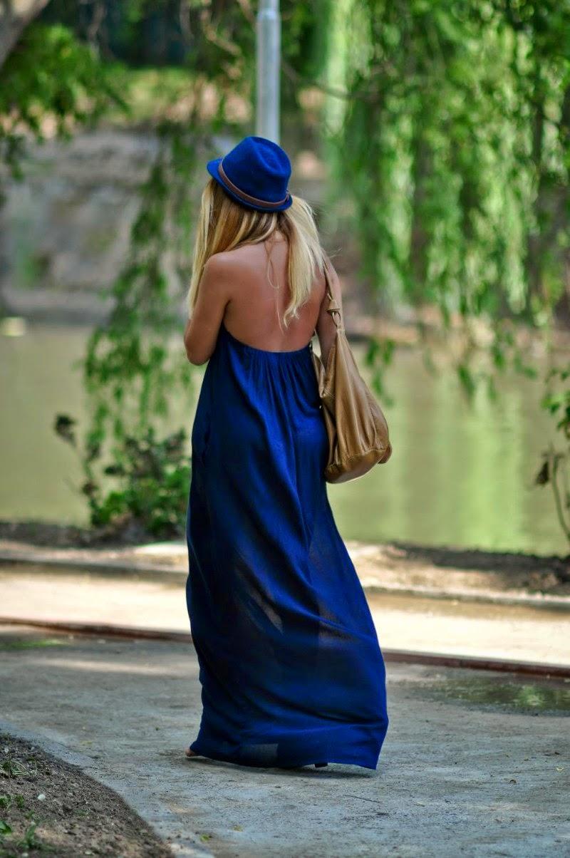 Синяя фетровая шапка