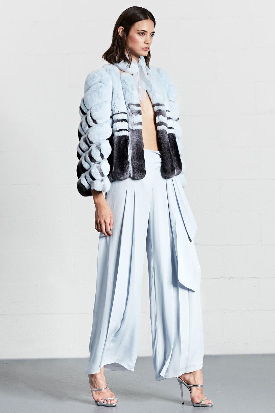 Голубые женские широкие брюки