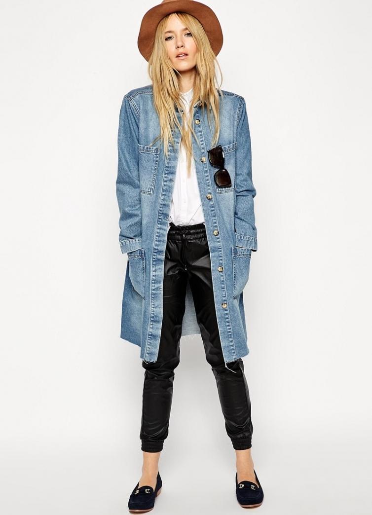 Джинсовое пальто с карманами
