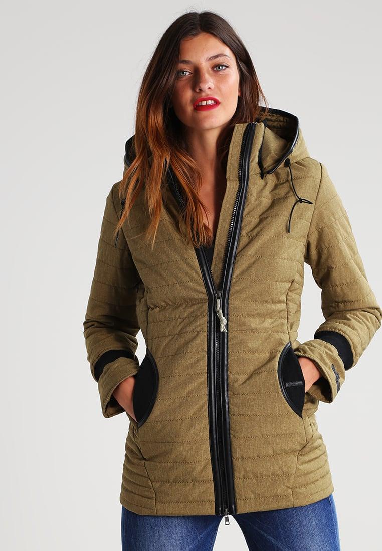 Коричневая демисезонная куртка