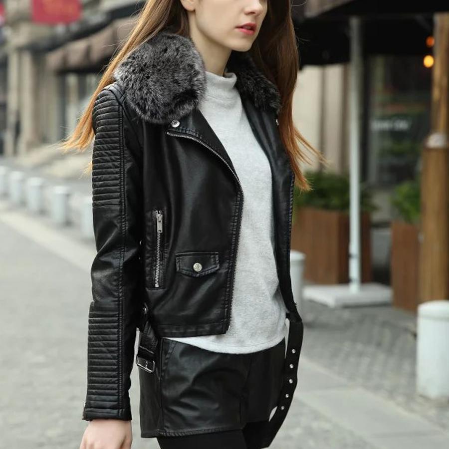 Короткая кожаная куртка с мехом