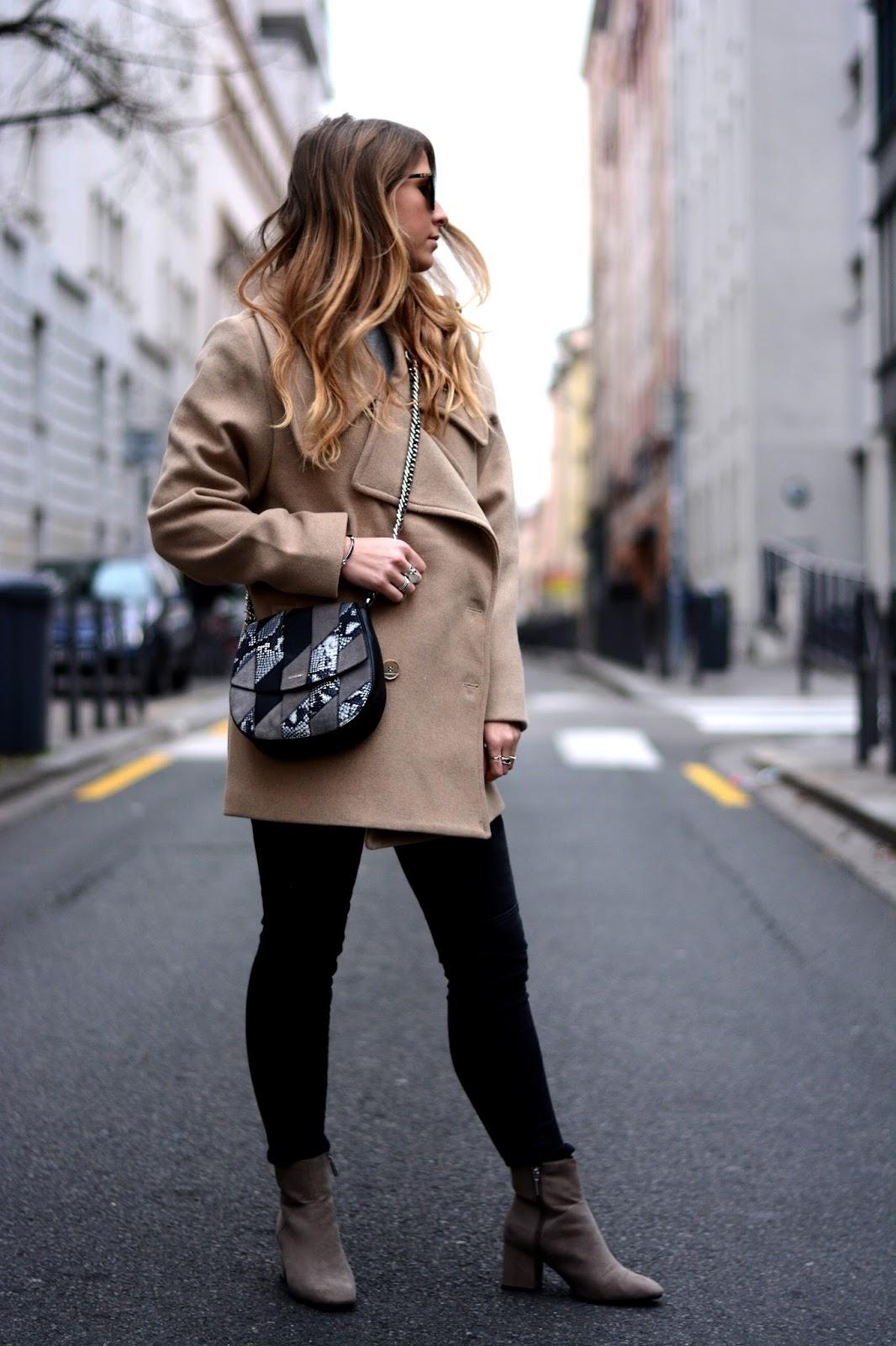 Пальто оверсайз короткое