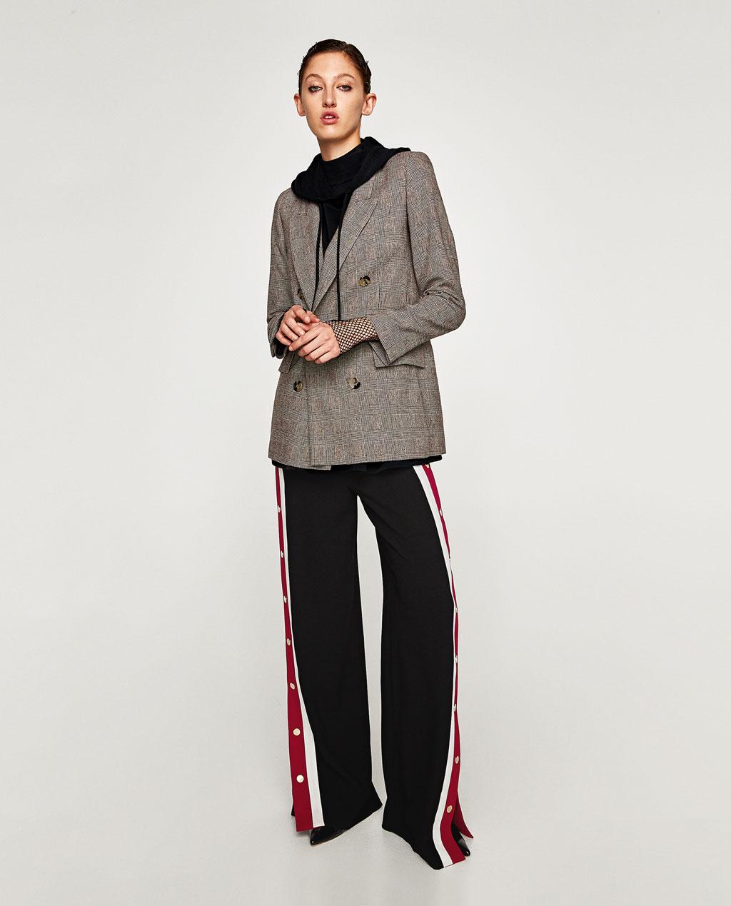 Двубортное пальто короткое