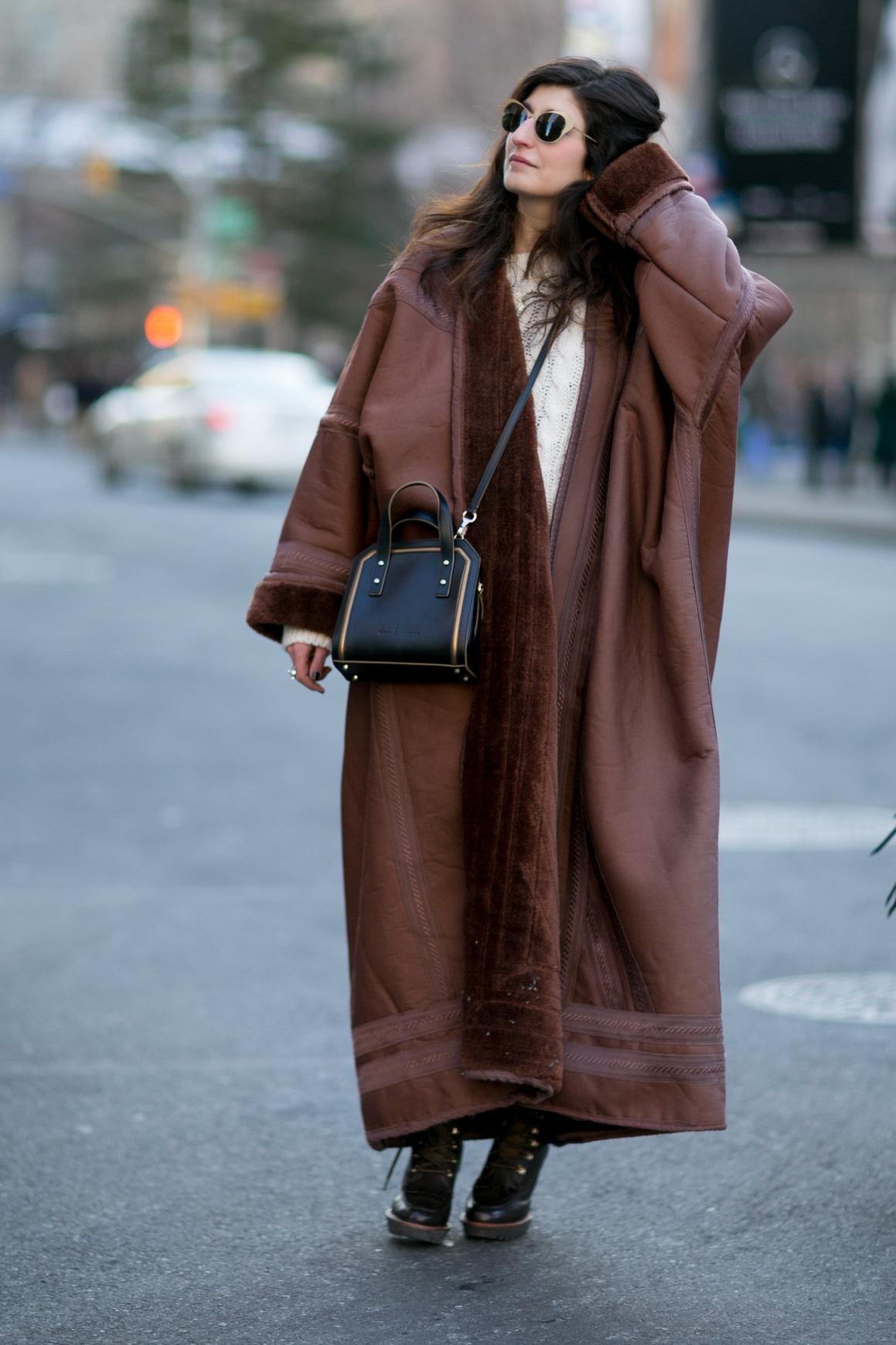 Пальто оверсайз кожаное