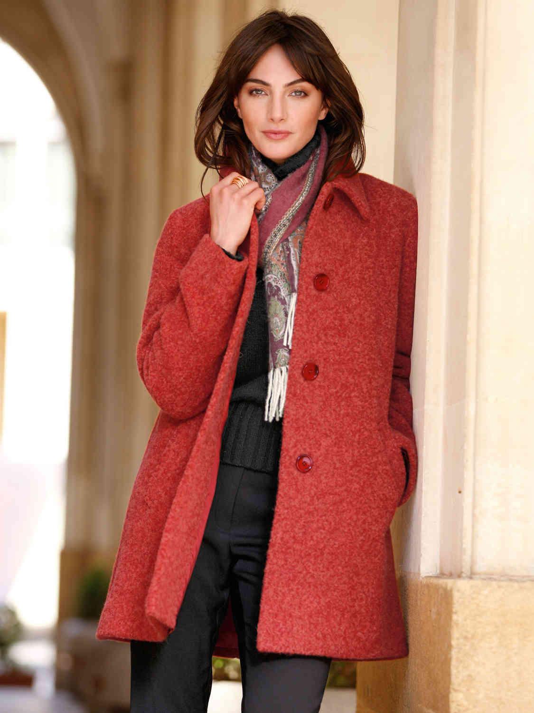 Красное пальто из альпаки