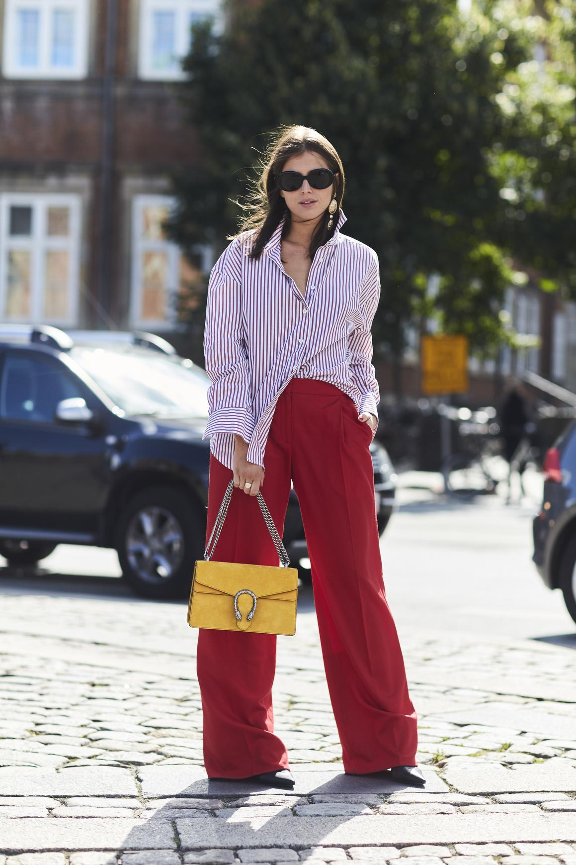 Красные женские широкие брюки