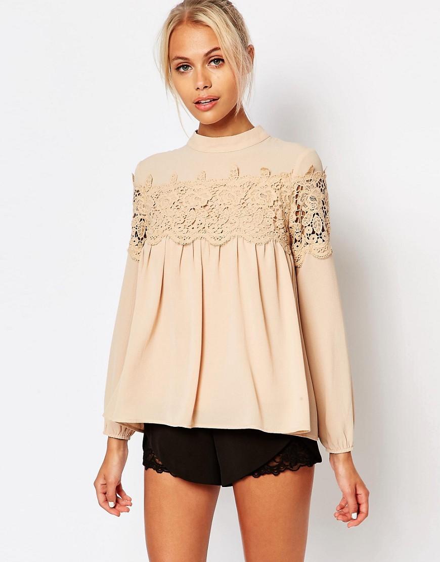 Кружевная бежевая блузка