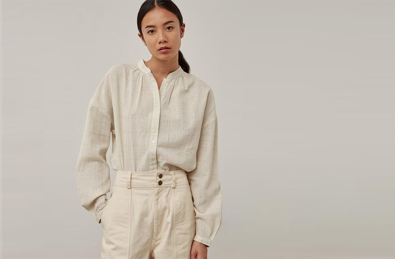 Женская белая рубашка из льна