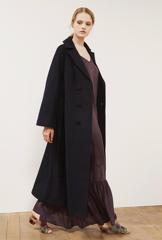 Драповое пальто оверсайз