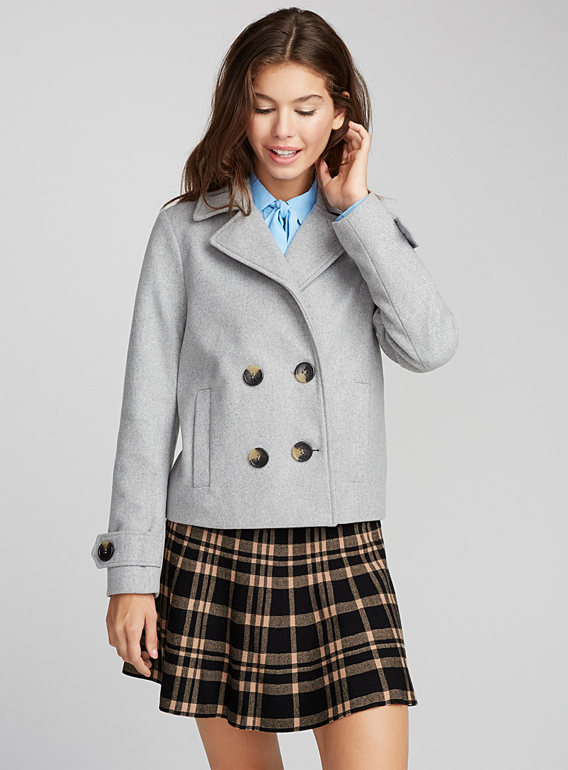 Короткое пальто шерстяное