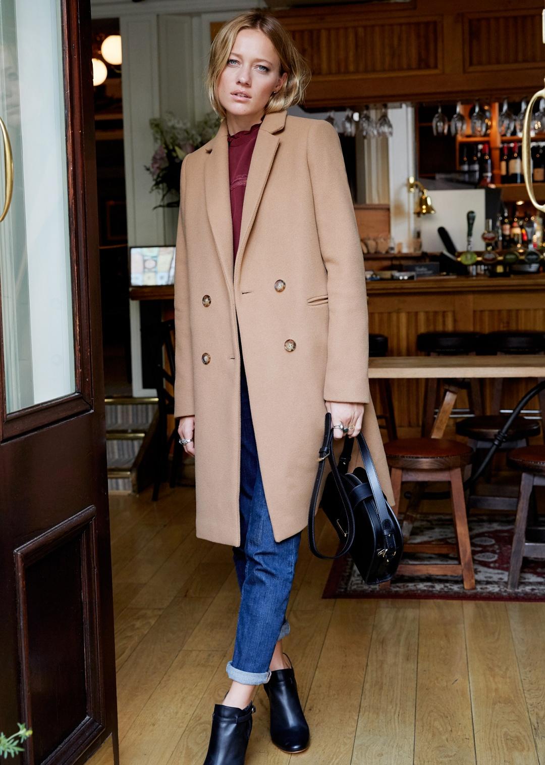 Двубортное пальто шерстяное