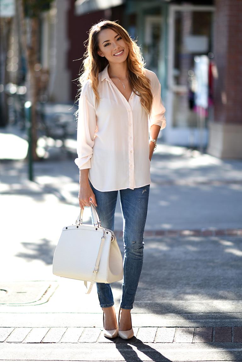 Офисная блузка светлая