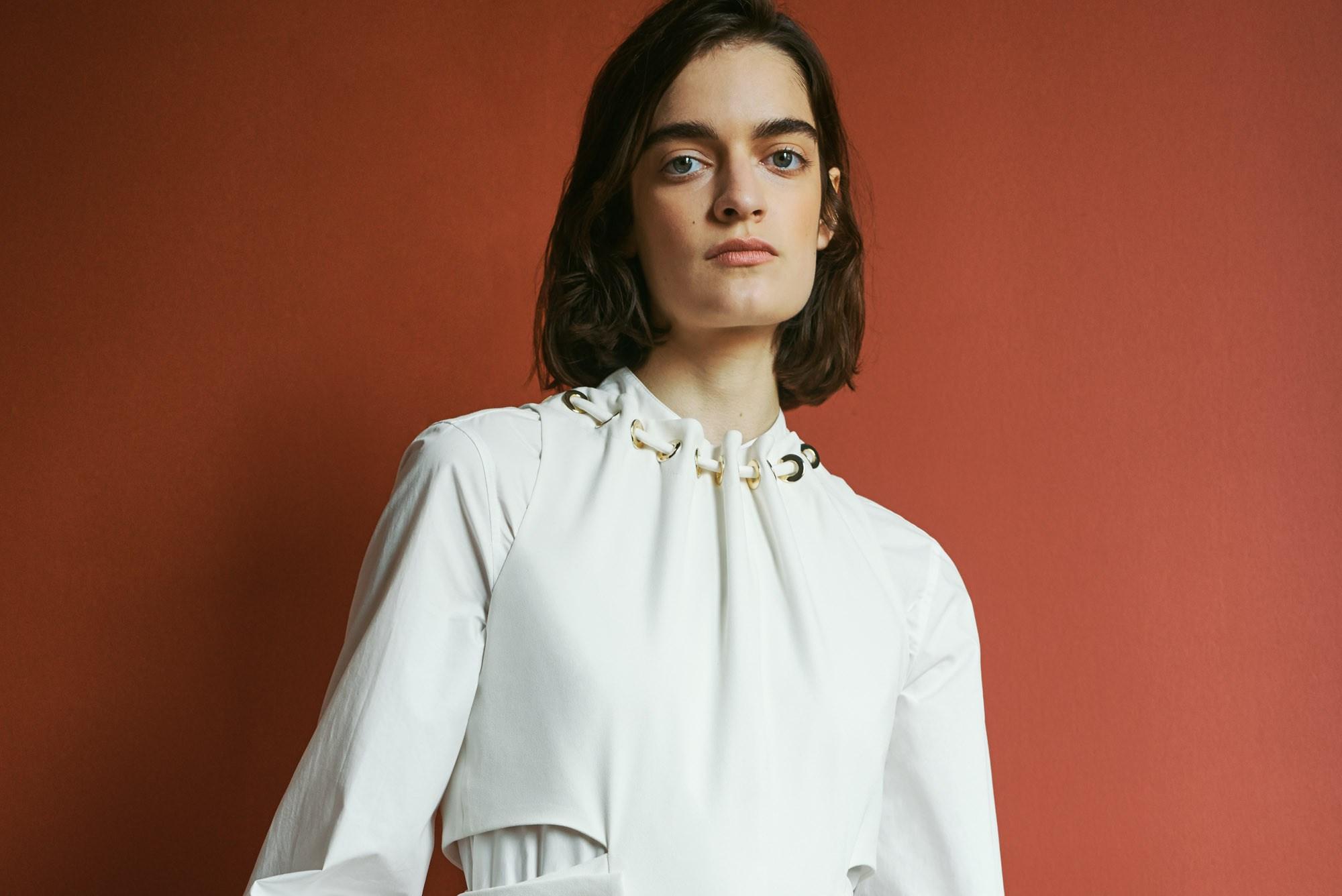 Блузка с воротником трансформером
