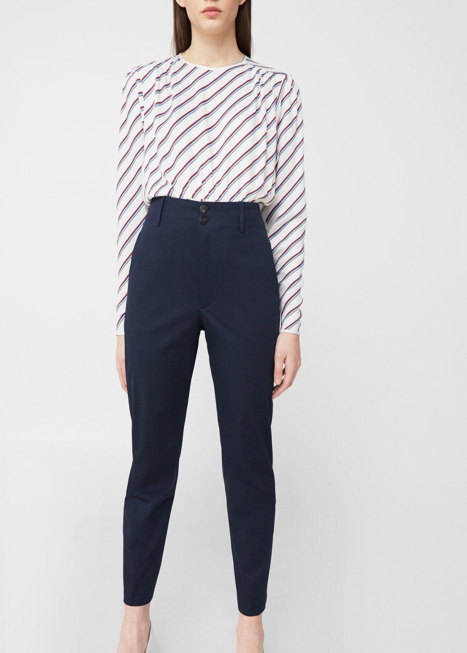 Синие узкие брюки