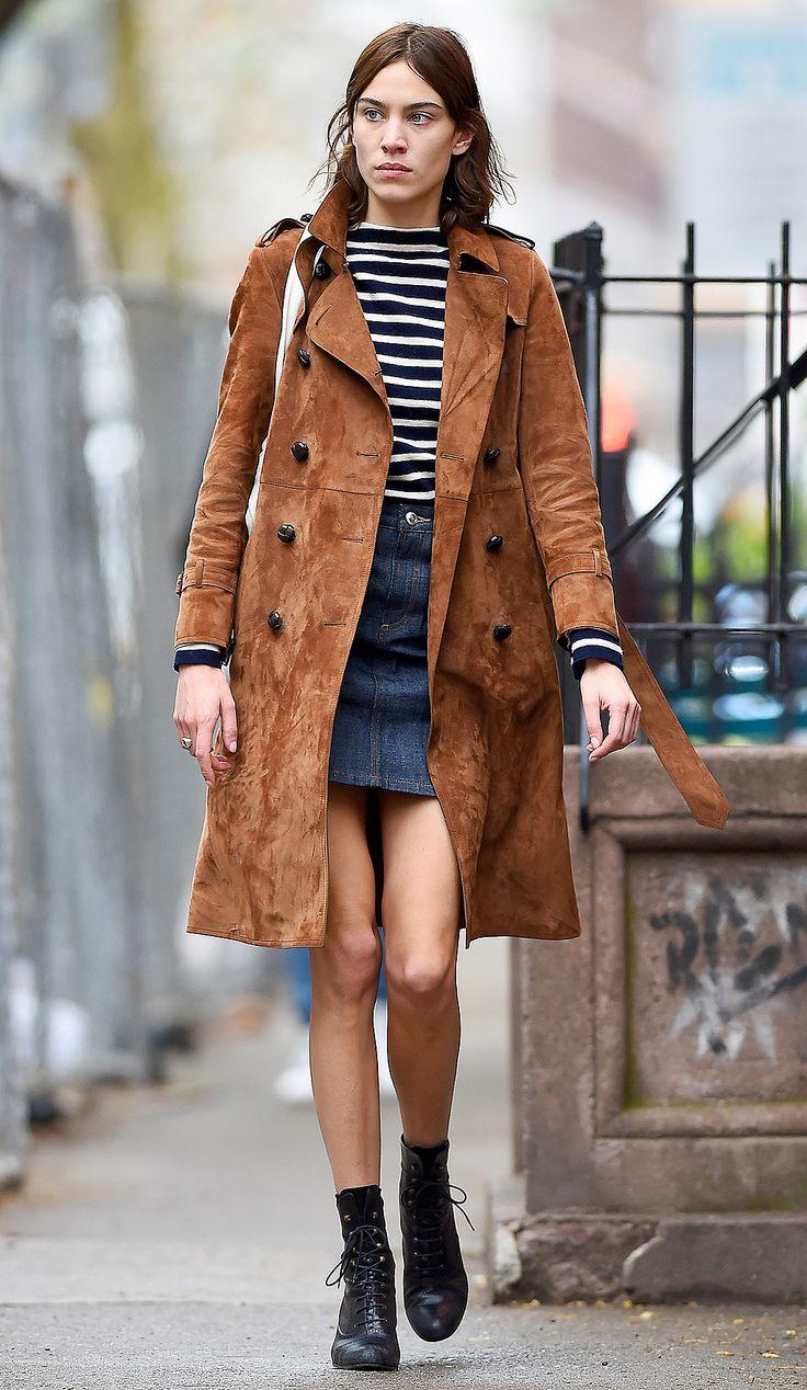 Замшевое двубортное пальто