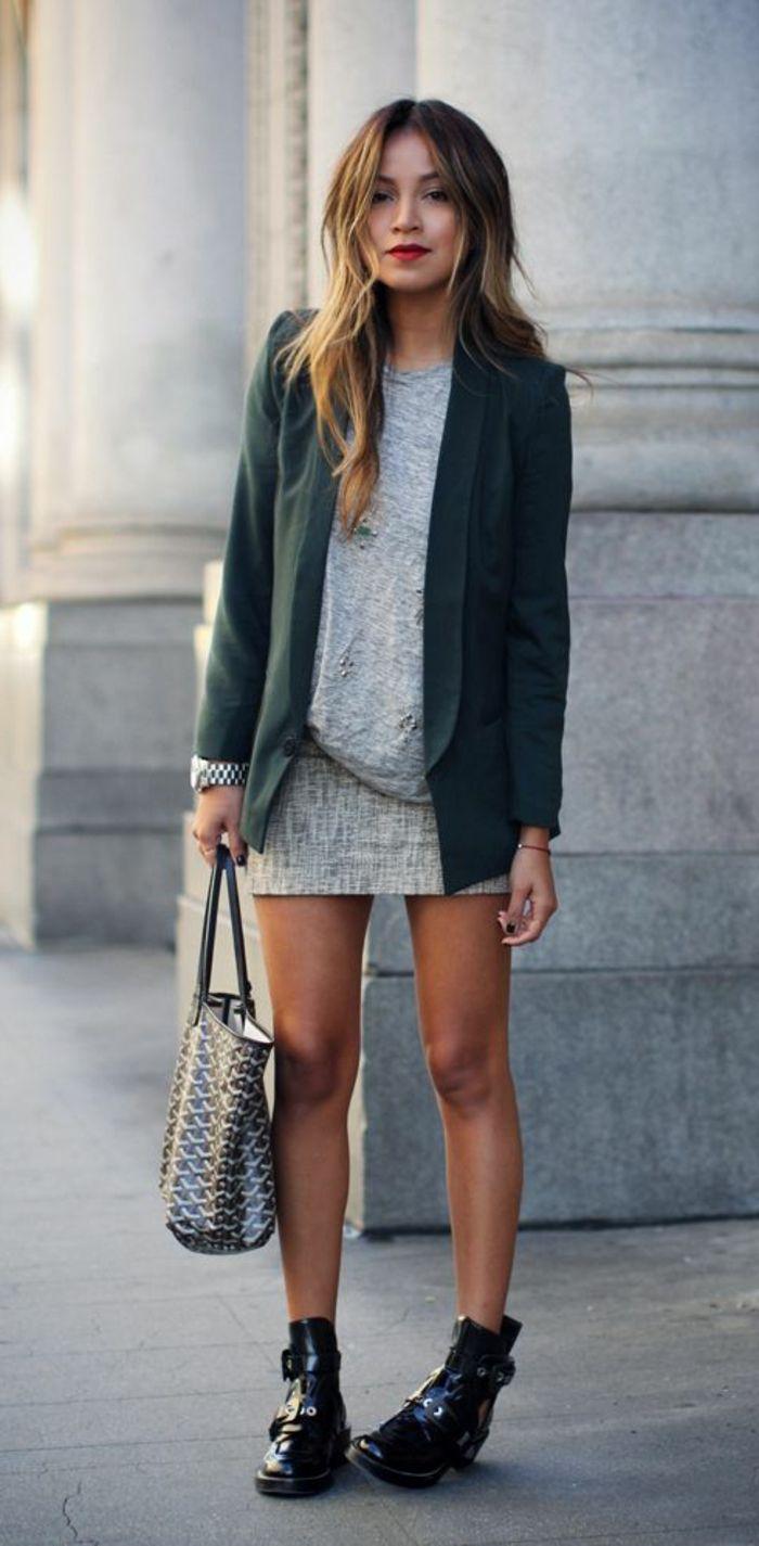 Удлиненный пиджак зеленый