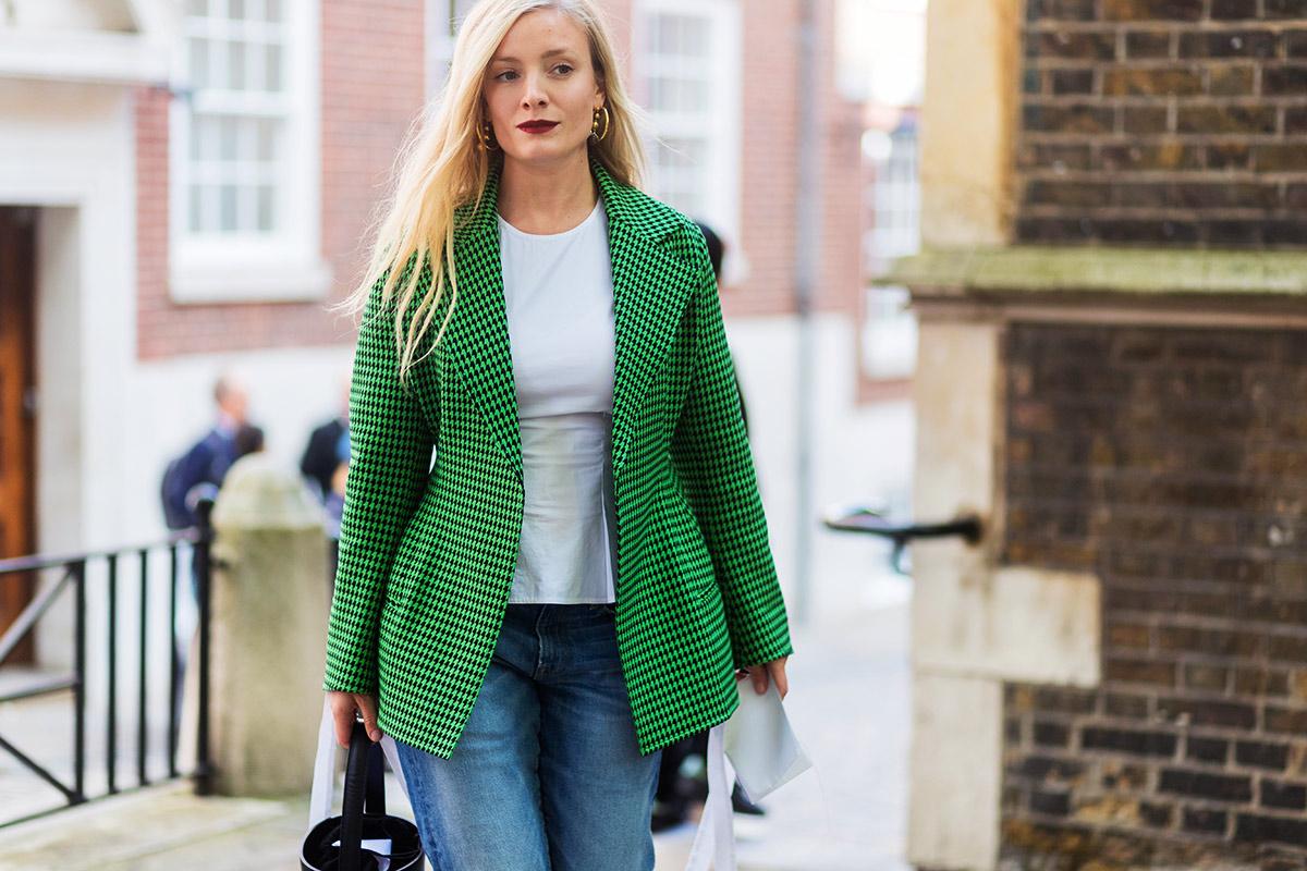Удлиненный пиджак зеленый с принтом