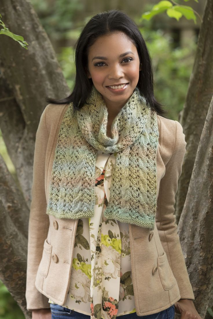 Вязаный шарф ажурный