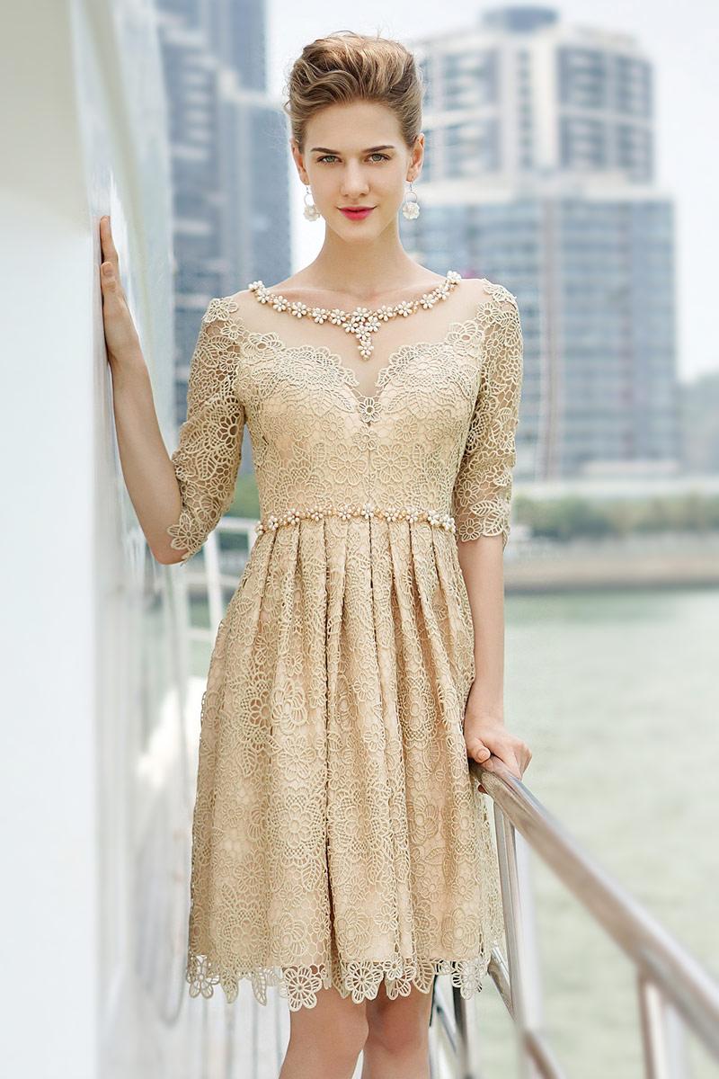 Бежевое платье на новый год 2018