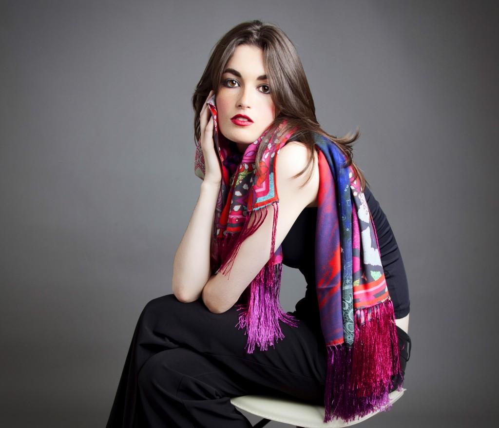 Шелковый шарф длинный