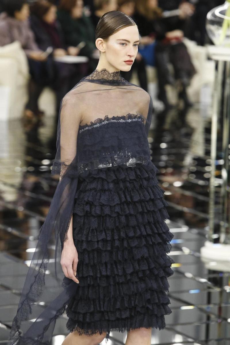 Шанель 2017 короткое платье