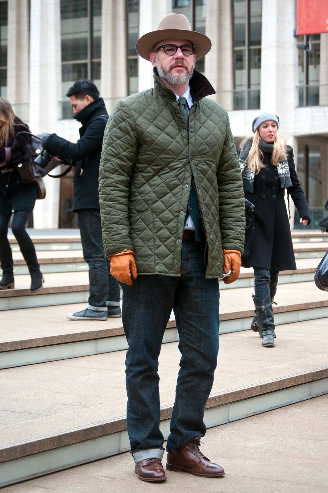 Мужские перчатки с курткой